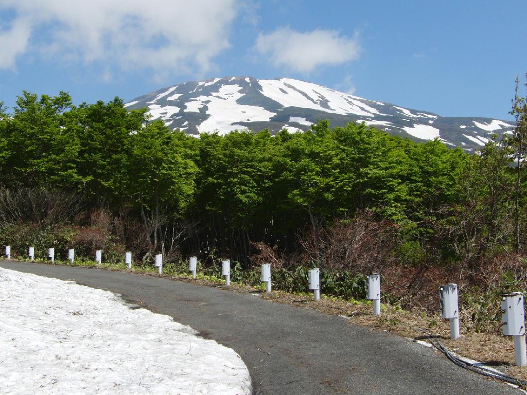 2012年5月31日の鳥海山の風景㊤