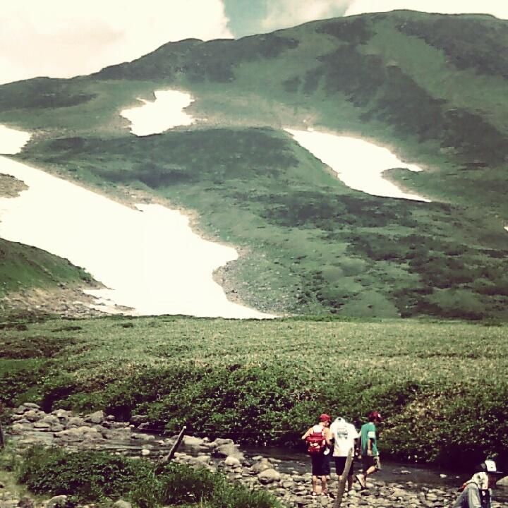 石巻の子供たちと鳥海山登山①