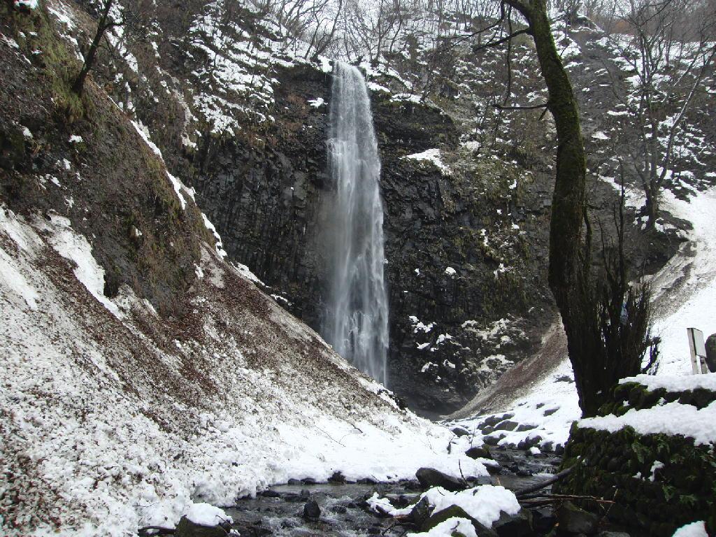 鳥海山や玉簾の滝など。