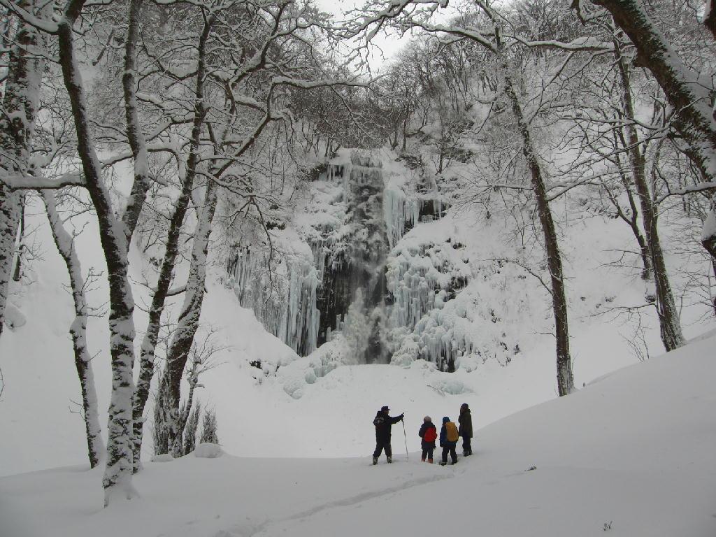 2013年雪たっぷりの氷瀑ツアーの申込期限間近!