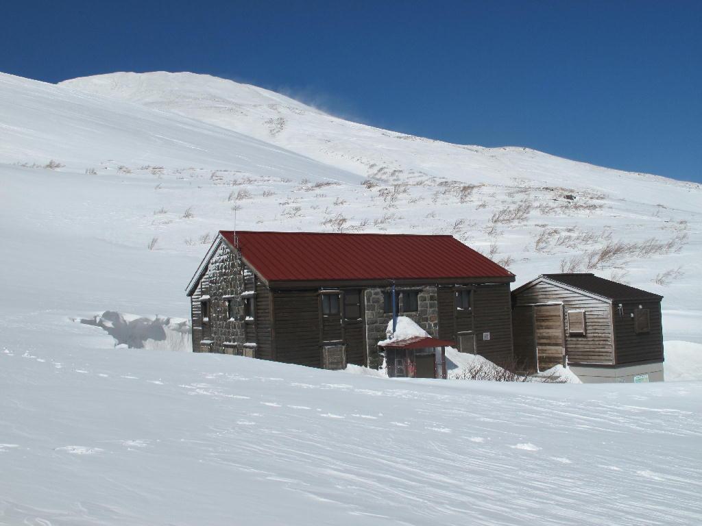 鳥海山の小屋たち