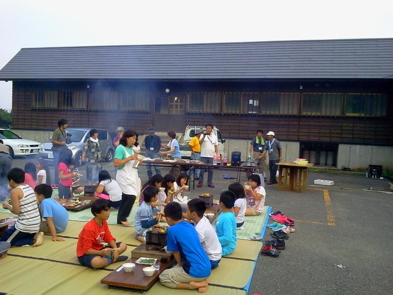 鳥海山に石巻市の子供たちがきています。